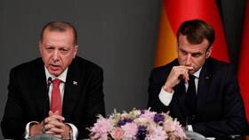 ماکرون: ترکیه تنشها را کاهش داده است