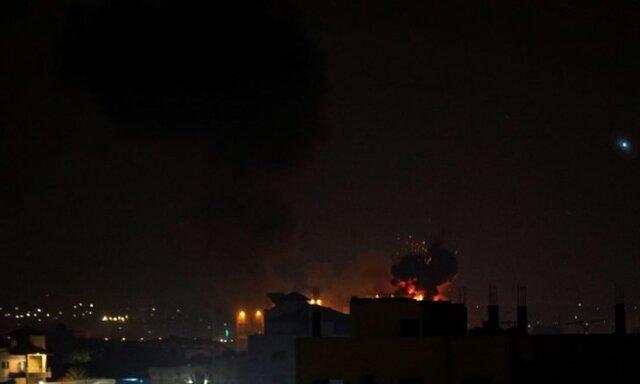 ورود شبانه و غیرمنتظره نخست وزیر ژاپن به ایران/ بمباران سنگین غزه توسط اسرائیل و پاسخ حماس/ واکنش خطیبزاده به ادعای کشته شدن یک تبعه مستشار نظامی ایران در یمن/ هشدار یونیسف درباره فاجعه جدید در لبنان