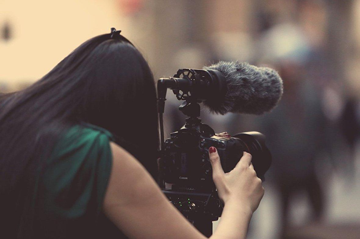 به داد فیلمسازان مستند برسید!