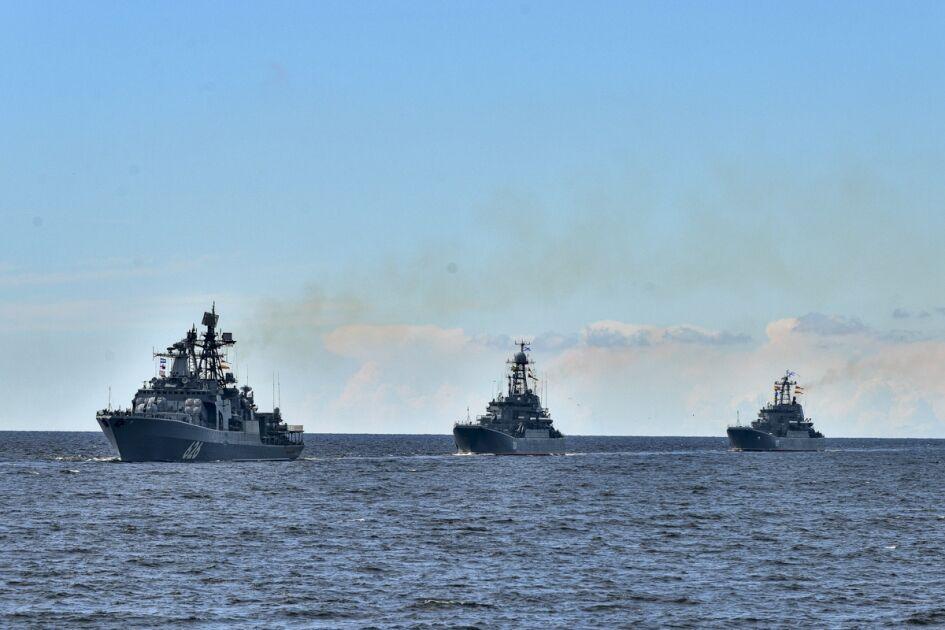 اعلام آماده باش رهبر کره شمالی به ارتش در آستانه رزمایش کره جنوبی و آمریکا/ واکنش چین به تحریکات نیروی دریایی انگلیس/ سخنان بی اساس وزیر خارجه آلمان در باره مذاکرات برجام/ مخالفت روسیه با افزودن نکات جدید به برجام