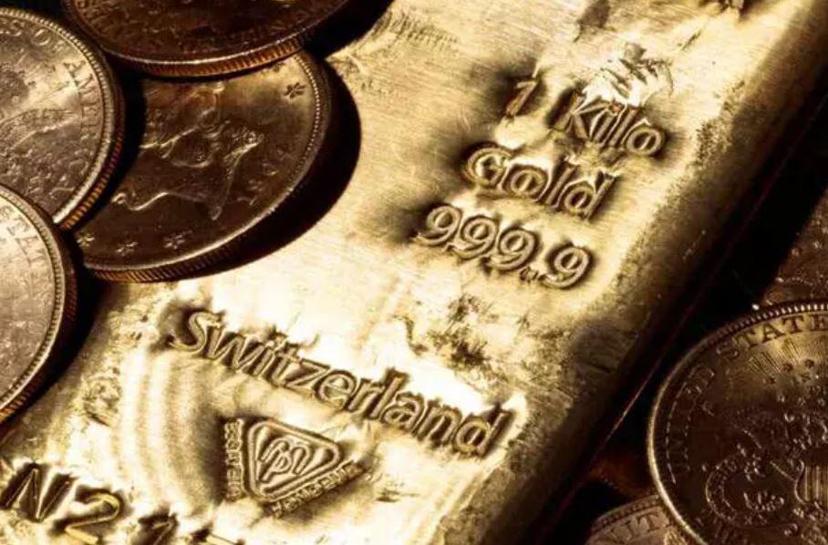 قیمت جهانی طلا نزدیک به بالاترین سطح ۲.۵ ماهه باقی ماند