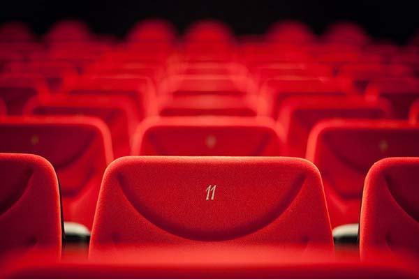با اجرای طرح «هر شهر، یک سالن سینما»، سینمای ایران را ملی کنیم