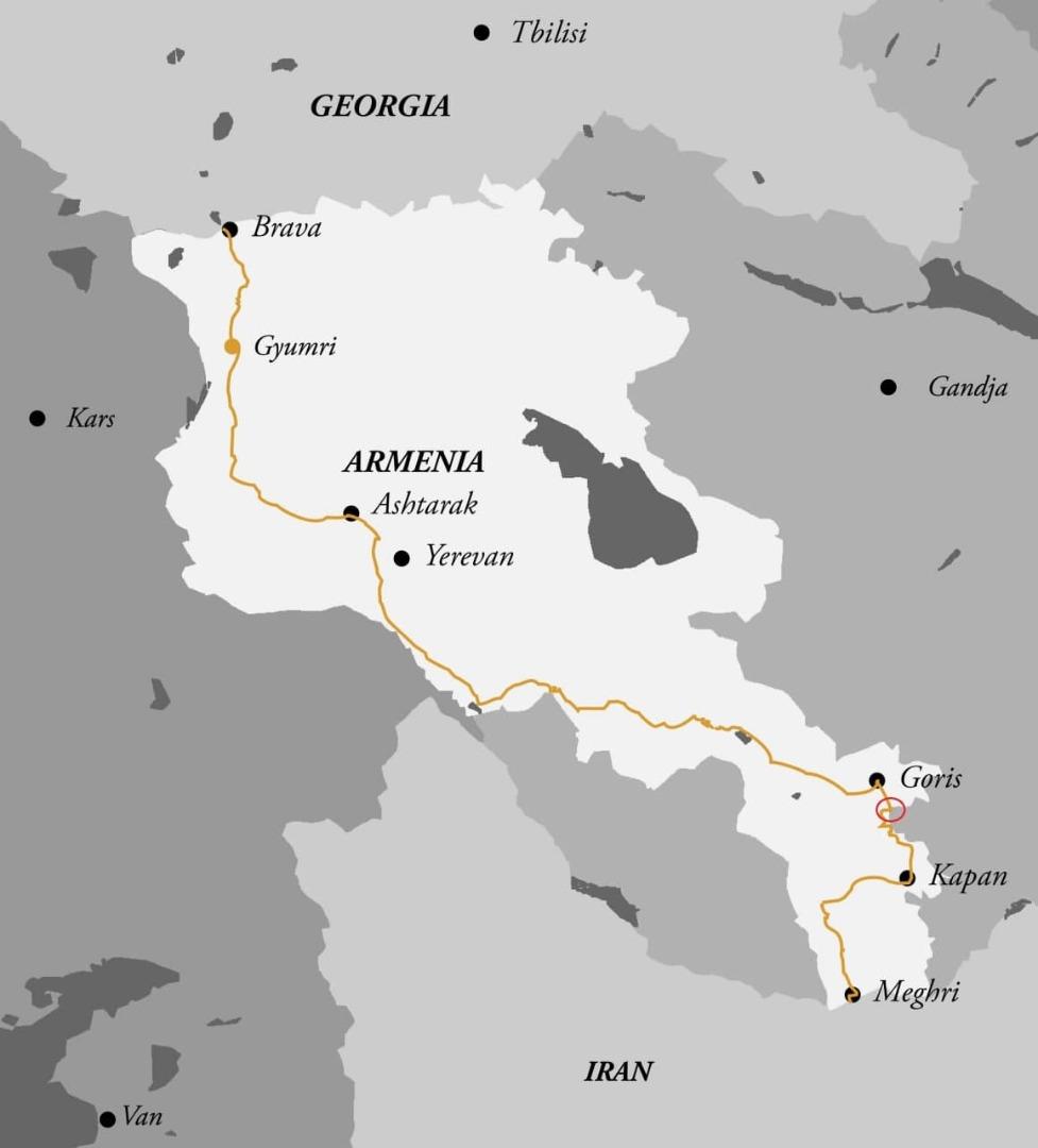 آزار و اذیت کامیون داران و تجار ایرانی توسط جمهوری آذربایجان/ لزوم اقدام فوری وزارت خارجه برای حل مشکل
