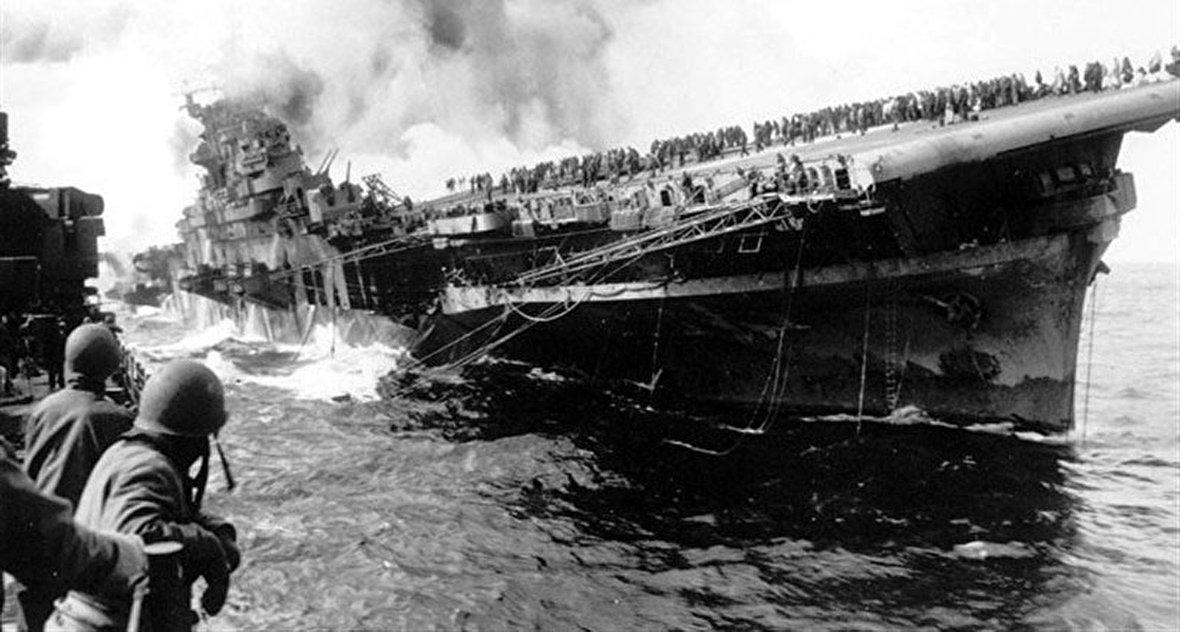 حمله هوایی به ناپل / تصاویر بینظیر از نبرد خونین اوکیناوا / چگونه عذرخواهی کنیم؟ / توک توک، تاکسی سه چرخه هندی / جزیره سائومیگل در قاب 4K
