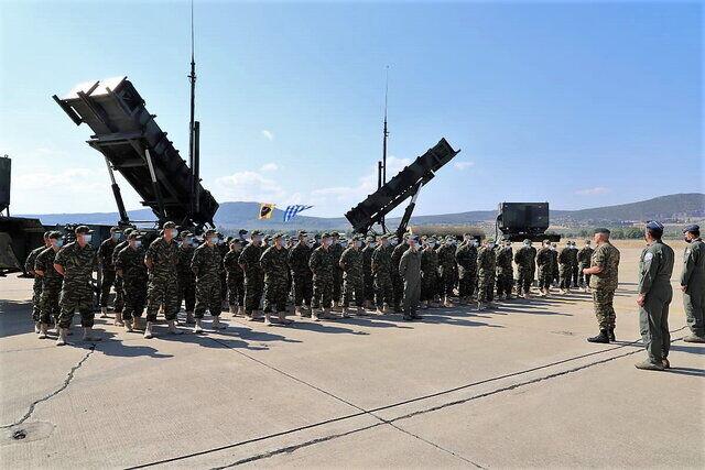 جزئیات جدید «نیویورکتایمز» از نحوه ترور شهید فخریزاده/ استقرار سامانه های موشکی پاتریوت یونان در عربستان/ واکنش دنیس راس به عضویت دائم ایران در سازمان شانگهای/ آغاز خروج تدریجی نیروهای آمریکایی از عراق