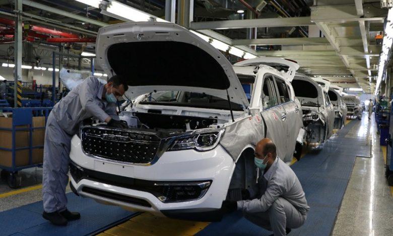 ماراتن افزایش هزینه های تولید و کاهش قیمت تمام شده / وزارت صمت خودتحریمی ها را چاره کند