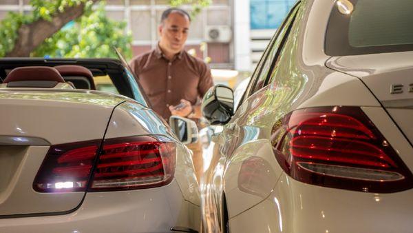 قد کشیدن دلار با طرح مجلس، فعلا منتفی شد/ چرا واردات خودرو «بدون انتقال ارز» باید ممنوع شود؟