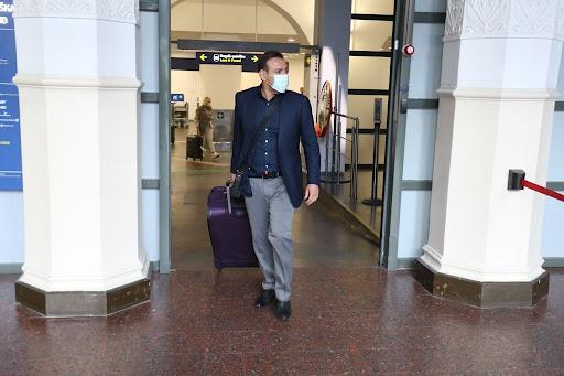 رئیس فدراسیون فوتبال وسط سفر اروپایی عزادار شد