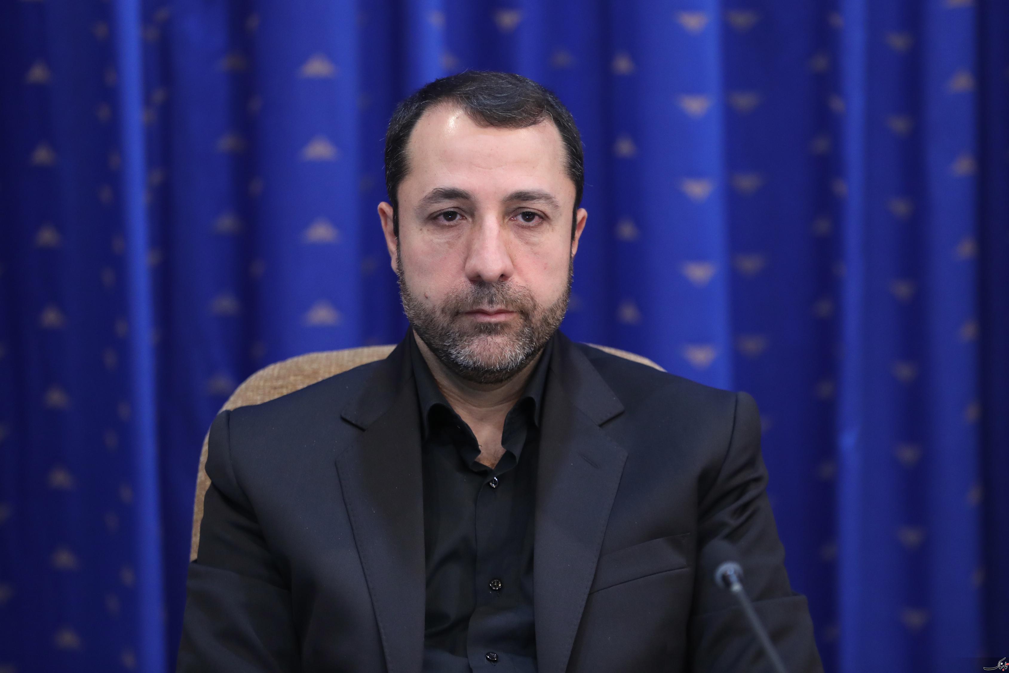 علی صالح آبادی، رئیس کل بانک مرکزی شد