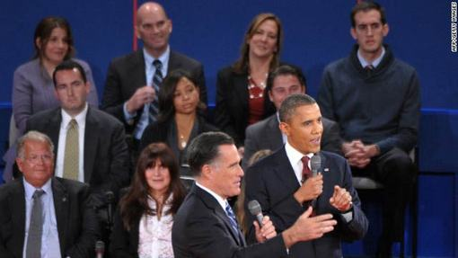 اوباما بدون آنکه پاسخ قانع کننده ای به پرسش این زن درباره ناکامی های چهار سال گذشته خویش بدهد به دستاوردهای خود در عراق و علیه القاعده اشاره کرد و گفت: سیاست های اقتصادی من به مرور در حال جواب دادن است.