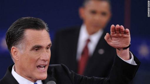 رامنی مدعی شد که وی با بوش تفاوت های بسیاری خواهد داشت که اوباما با رد آن تاکید کرد رامنی دقیقا دنباله رو بوش خواهد بود.