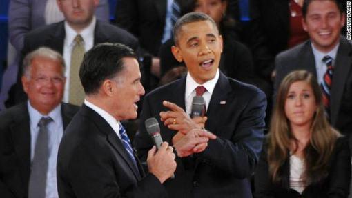 اوباما در سخنان خود که بطور روشنی تلاش می کرد از موضع تهاجمی ظاهر شود میت رامنی را ˈبه نگفتن حقیقتˈ متهم کرده و گفت: فرماندار رامنی به سمت نابود کردن طبقه متوسط می رود. اما رامنی پاسخ داد: من به دنبال کاهش بار مالی و هزینه ها برای طبقه متوسط هستم و با کاهش مالیات ها کاری خواهم کرد که طبقه متوسط از وضع دشوار کنونی رها شود.