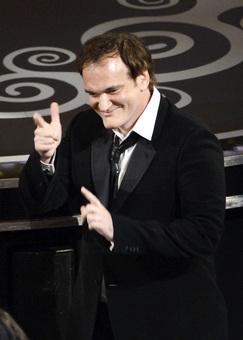 کوئنتین تارانتینو در زمان دریافت جایزه اسکار بهترین فیلمنامه غیراقتباسی برای جانگوی آزاد شده