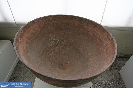 ظرف سفالی بزرگ منقوش - اسماعیل آباد - تهران هزاره پنجم پیش از میلاد