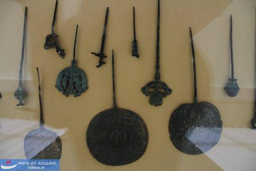 سر سنجاق های میله ای و گرد-لرستان-هزاره نخست پیش از میلاد