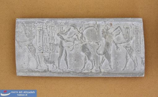 مهر سنگی تخت -شوش-اواسط هزاره چهارم پیش از میلاد