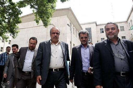 قاضی مدیر خراسانی به همراه قضات خازنی، عرب، رستمی و اسدی، رئیس دادگاه و چهار مستشاری هستند که حکم پرونده کهریزک را در روزهای آینده صادر خواهند کرد.
