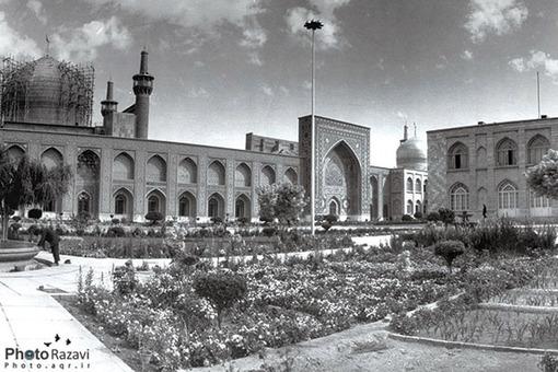 صحن قديمي امام خميني(ره) سال 1348 هجري خورشيدي