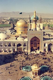 ايوان شمالي صحن انقلاب اسلامي سال 1354