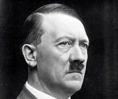 سیبیل های معروف آدولف هیتلررهبر حزب ملی سوسیالیست کارگران آلمان ( نازی ها )