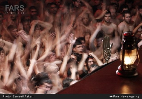 آئین عزاداری ایام محرم در هیئت الرضا(ع) تهران