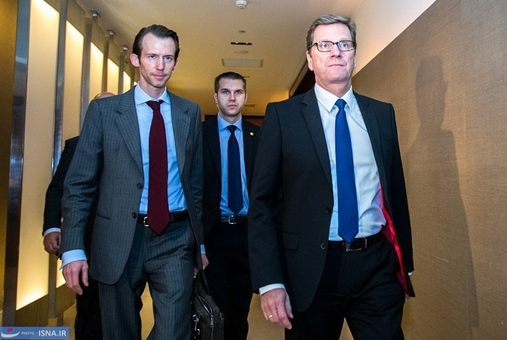 ورود گیدو وستروله وزیر خارجه آلمان برای دیدار با ظریف و اشتون با وزرای ۱+۵ در روز سوم مذاکرات