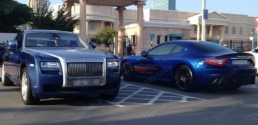 ابر خودروها در پارکینگ دانشگاه!