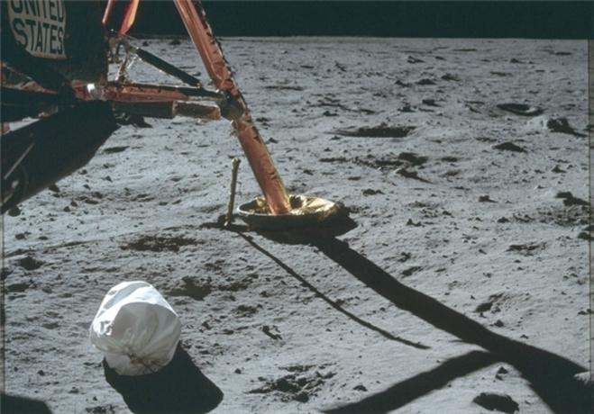 resized 322246 729 تصاویری که ناسا 44 سال مخفی کرد