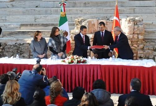 همکاری مکزیک و ترکیه در خصوص توسعه گردشگری با امضای موافقت نامه فی مابین Anadolu agency