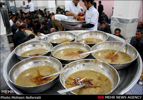 تهیه آبگوشت سنتی بزباش در روستای نصرآباد خوسف