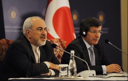 محمد جواد ظریف وزیر امور خارجه ایران که به ترکیه سفر کرده، با «احمد داوود اغلو» دیدارکرد-xinhua