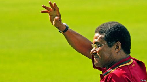 اوزه بیو داسیلوا فریرا، بازیکن افسانهای تیم ملی فوتبال پرتغال و آقای گل جام جهانی سال ۱۹۶۶، در سن ۷۱ سالگی درگذشت
