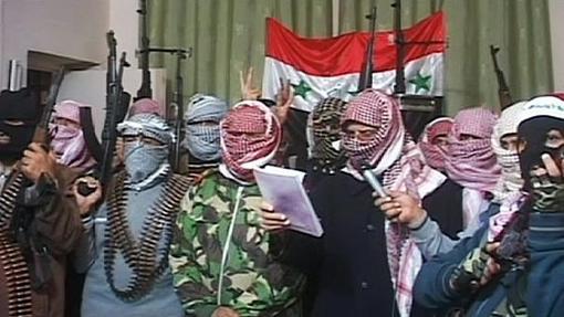 شورای نظامی فلوجه(تروریستهای القاعده) اعلام کردند: هر کسی که به نیروهای دولتی عراق کمک کند و در دفاع از این شهر با ارتش تحت امر نوری مالکی همکاری کند به سختی مجازات می کندeuronews
