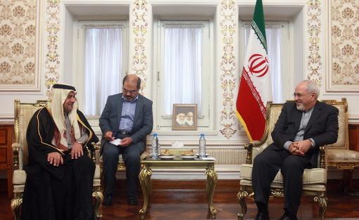 محمدجواد ظریف وزیر امور خارجه روز دوشنبه میزبان سفیر سابق تونس و سفیر جدید قطر در تهران بودIRNA
