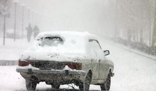بارش برف سنگین در چهارمحال و بختیاری موجب بسته شدن معابر و تعطیلی مدارس شدIRNA