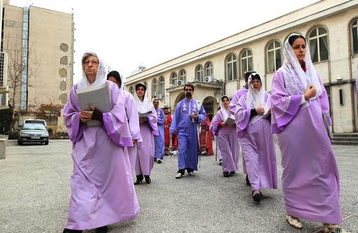 مراسم تولد حضرت عیسی مسیح(ع) در کلیسای سرکیس مقدس در تهران IRNA