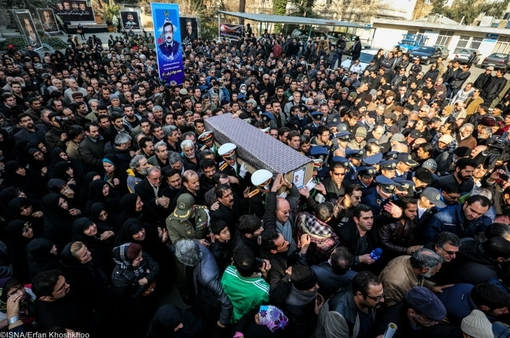 مراسم تشییع درگذشتگان فیلم معراجی ها +تصاویر