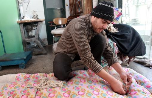 لحاف دوزی سنتی اقتصاد ایران آنلاین - عکس: مشاغلی که فراموش شده اند