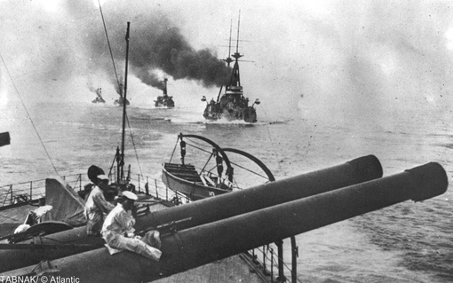 ناوگان ژاپن در سواحل چین در سال ۱۹۱۴