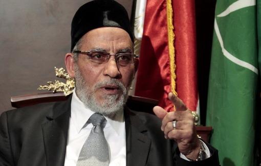 یک دادگاه در مصر، دوشنبه هشت اردیبهشت، محمد بدیع، رهبر گروه اخوان المسلمین و ۶۸۲ عضو دیگر این گروه اسلامگرا را به مرگ محکوم کرده است. به گزارش آسوشیتدپرس، همین دادگاه، در عین حال، حکم اعدام ۴۹۲ از ۵۲۹ عضو دیگر اخوان المسلمین را که دو ماه پیش صادر کرده بود، لغو کرده است/Reuters-RFE/RL-AP