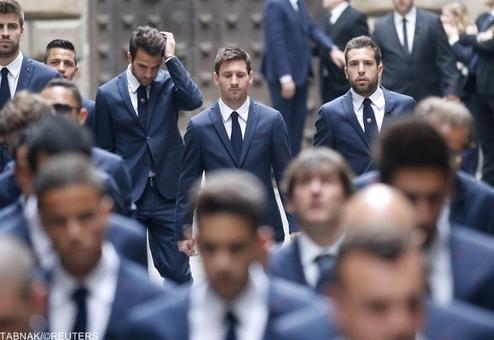 حضور بازیکنان تیم بارسلونا در مراسم گرامیداشت درگذشت مربی سابق این تیم/Reuters
