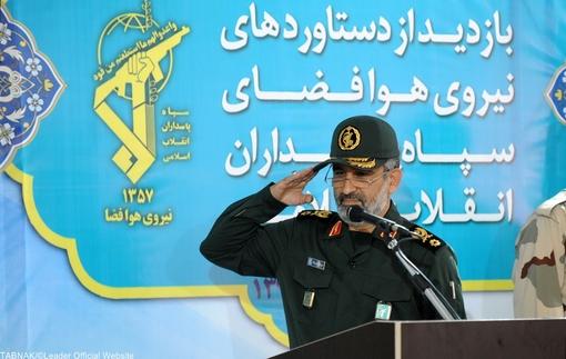 تصاویر/ بازدید رهبر معظم انقلاب ازدستاوردهای سپاه