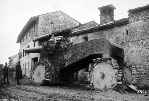 خمپاره انداز عظیم ایتالیایی که حدوداً پنجاه عدد از آن تولید شده است