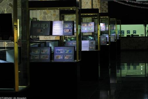 محوطه سالن نمایشگاه - این موزه همچنان در حال توسعه کیباشد و بزودی سکه هایی دیگر از تاریخ کهن ایران در این مجموعه رونمایی خواهد شد.