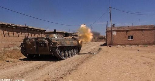 استفاده از ادوات سنگین نظامی بر علیه مردم و ارتش عراق
