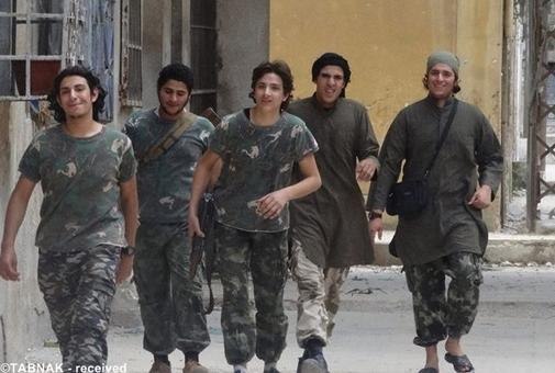 تروریستهای اجاره ای داعش که ظاهراً از سوریه و از مسیر ترکیه وارد عراق شده اند!