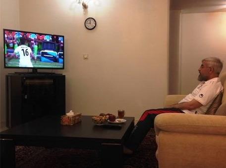 عکس منتشره از حسن روحانی هنگام تماشای بازی فوتبال ایران در مقابل نیجریه در جام جهانی/TABNAK