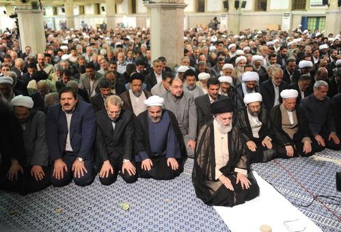 در نهمین روز از ماه مبارک رمضان، مسئولان و کارگزاران نظام با حضرت آیتالله خامنه ای، رهبر معظم انقلاب اسلامی دیدار کردند./Leader O.W