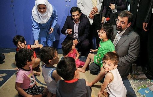 حضور دبیر مجمع تشخیص مصلحت نظام در شیرخوارگاه آمنه/TASNIM