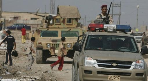 در سال ۲۰۰۸، نوری مالکی دستور برخورد ارتش با شبهنظامیان طرفدار مقتدی صدر را صادر کرد. این اقدام و پیروزی بر شبهنظامیان باعث تقویت اجتماعی آقای مالکی در عراق شد.